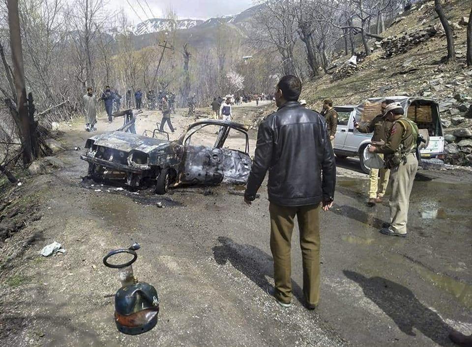 CRPF,Jammu and Kashmir,Explosion