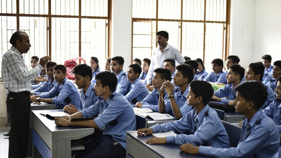 """Come April, students studying in 24 government schools in the capital will be seen developing their """"entrepreneurial mindsets"""" as part of the Delhi government's Entrepreneurship Mindset Curriculum (EMC).(Photo by Burhaan Kinu/ Hindustan Times)"""