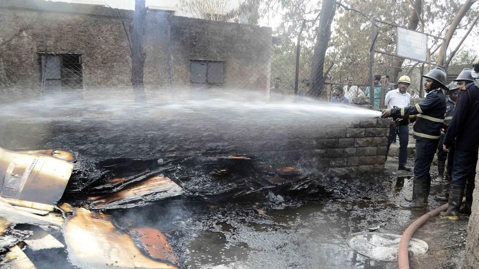 fire,delhi,fatehpur beri