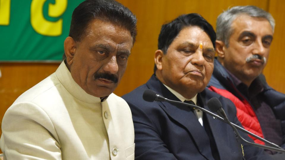HPCC chief Kuldeep Singh Rathore (extreme left) with party leader Dhani Ram Shandil addressing the media in Shimla on Sunday, March 31, 2019. The party announced names of its star campaigners in the state for Lok Sabha elections.
