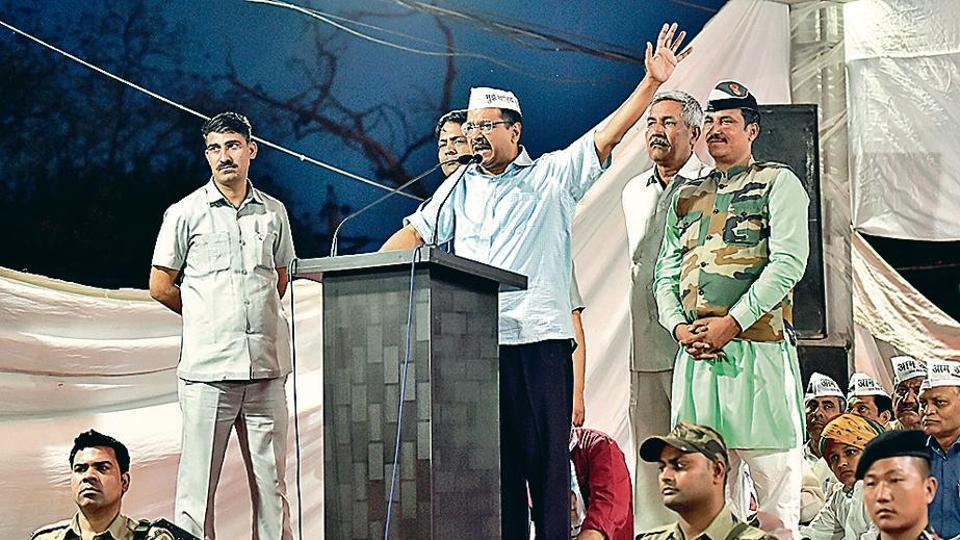 Arvind kejriwal,Rahul Gandhi,Lok Sabha