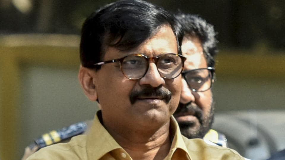 Shiv Sena leader Sanjay Raut has been served notice by the EC for violating mode code of conduct.