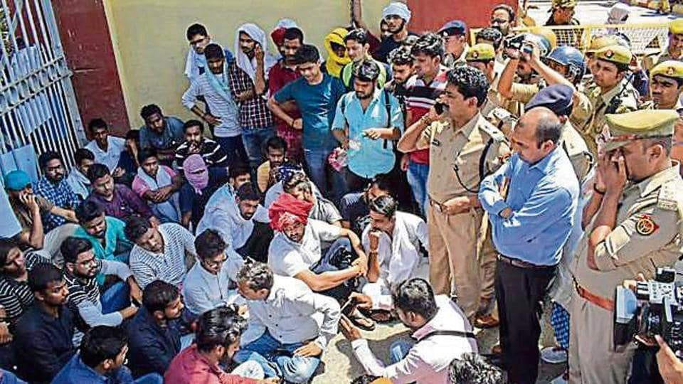 Students stage a protest over the killing of BHU student Gaurav Singh in Varanasi on Wednesday.