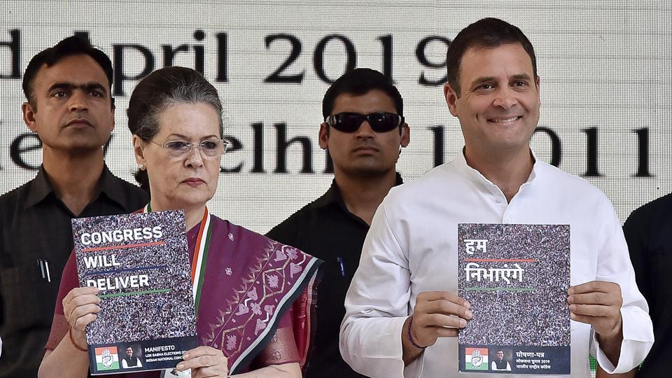 Congress President Rahul Gandhi and senior Congress leader Sonia Gandhi releasing the party manifesto for the upcoming Lok Sabha election, New Delhi, April 2