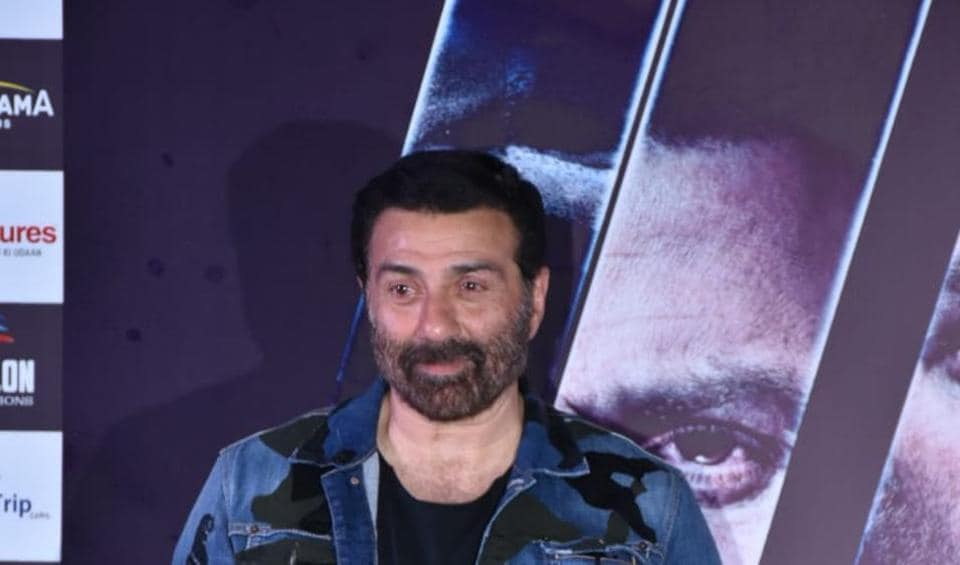 Sunny Deol, who will soon be seen in Blank as a cop, says patriotism should not be a saleable thing.