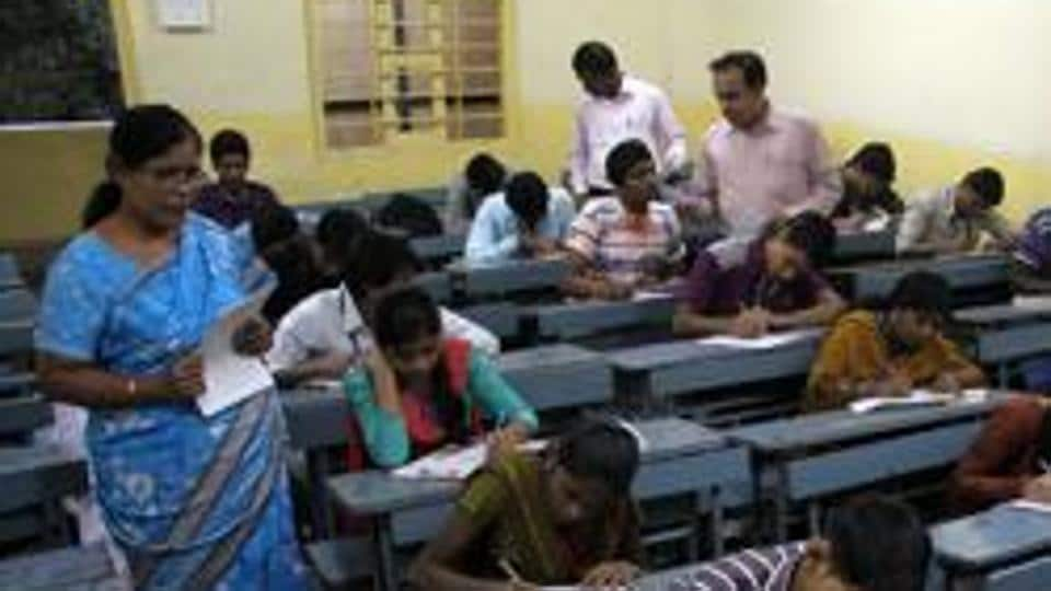 TNPSC Group 1 Result Civil Services 2016-2019 Declared: The Tamil Nadu Public Service Commission (TNPSC) has declared the results of the preliminary examination for the direct recruitment of Combined Civil Services Examination–I (group-I services) 2016-19.