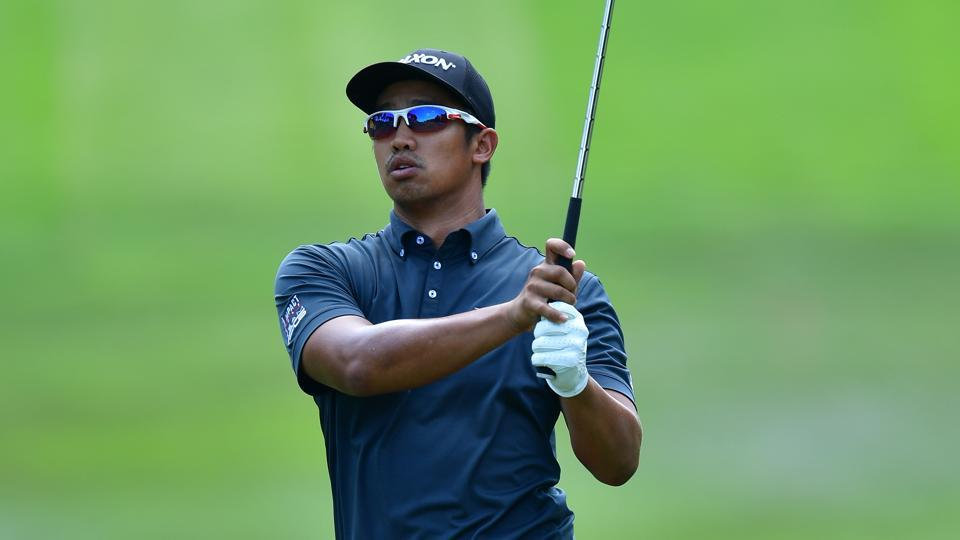 Arie Irawan of Malaysia plays a shot during Day One of the Maybank Championship Malaysia at Saujana Golf Club on February 9, 2017 in Kuala Lumpur, Malaysia. (Photo by Stuart Franklin/Getty Images)