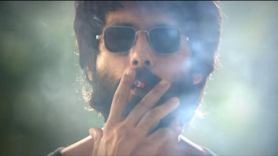 Shahid Kapoor plays an angry young doctor in Kabir Singh.