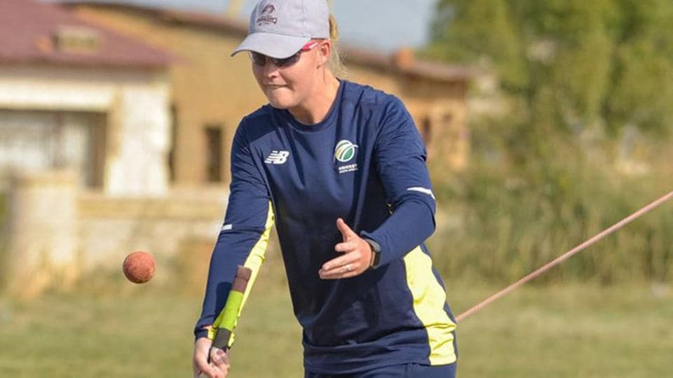 All-rounder Theunissen-Fourie, 25, represented South Africa in four internationals
