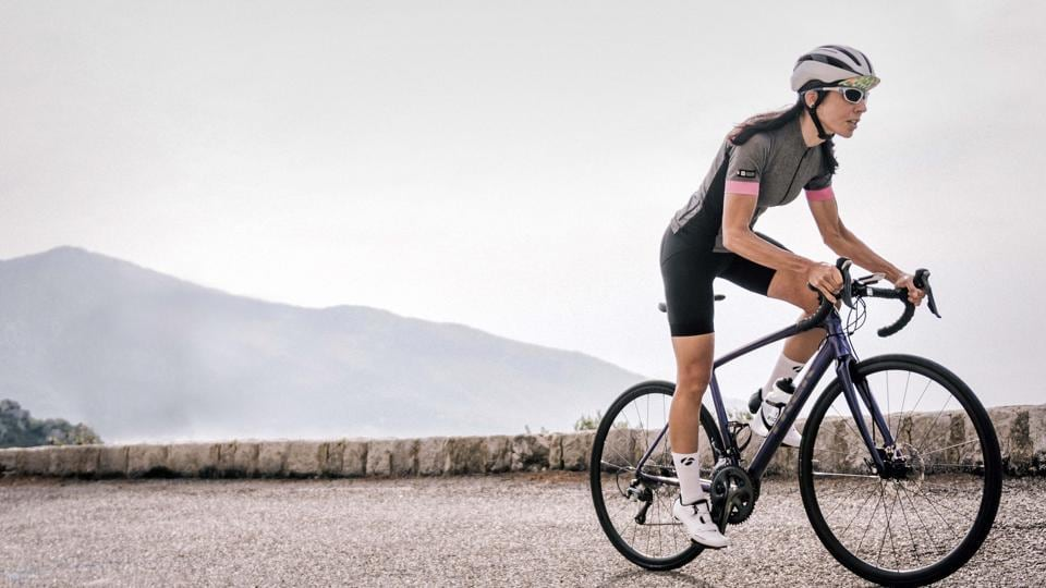 Cycling is a great leisure activity, but if you are bike riding for weight loss you need to structure your workout differently than you would if you are just doing a casual ride with a friend.