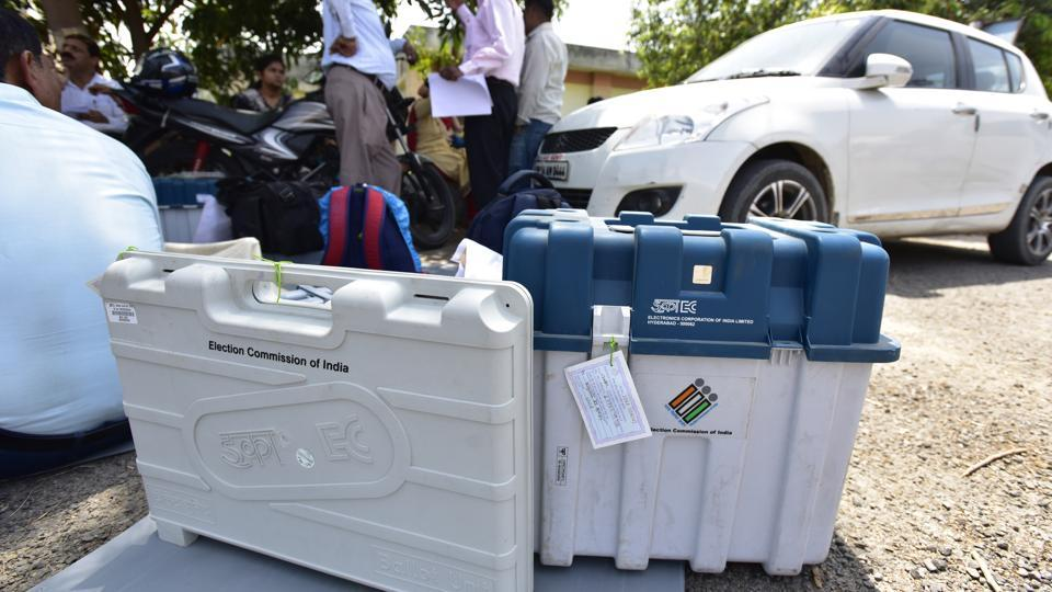 In Ghaziabad, the polling parties Wednesday collected the election related material from the Kamla Nehru Nagar grounds.