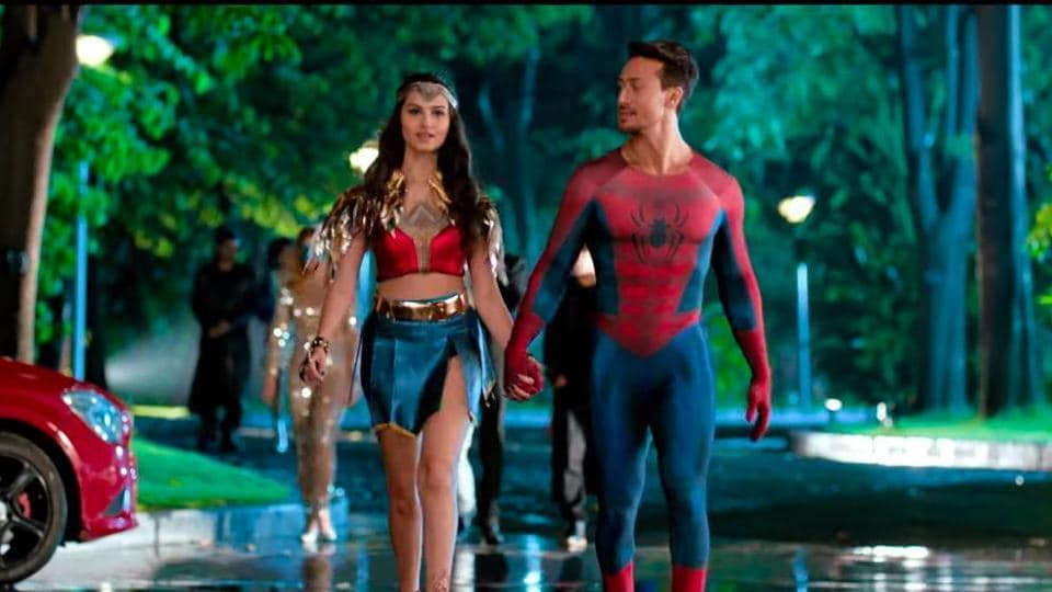 Tara Sutaria and Tiger Shroff in a still from Student of the Year 2 trailer.