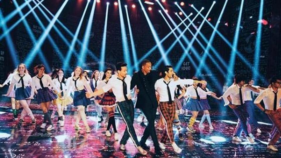 Will Smith dancing with Tiger Shroff on the sets of Student of the Year 2.