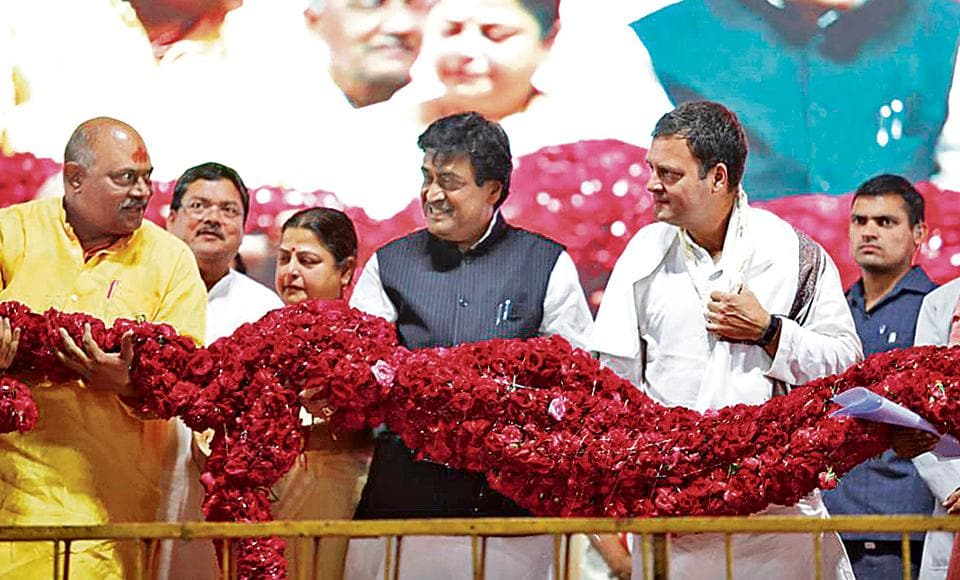 Congress president Rahul Gandhi with state Congress chief Ashok Chavan and other leaders at a rally in Nanded on Monday. Chavan is the Congress's candidate from Nanded constituency.