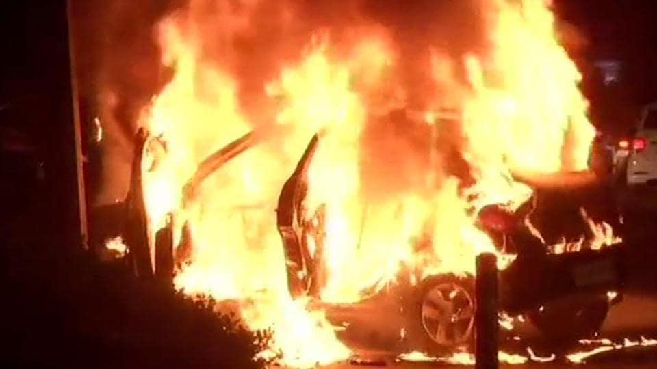 Car catches fire at Delhi's Mandi House