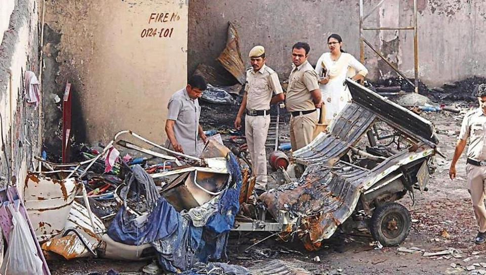 As per fire department officials, they received a call about the fire around 9.45 pm. Four fire tenders — three from Sector 37, and one from Bhim Nagar — were sent to the spot. Only one tender was used.