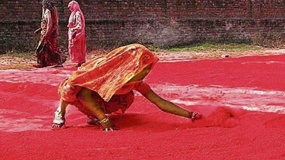 Hathras, a reserved parliamentary constituency, is known for manufacturing Holi colours.