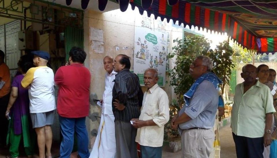Voting underwat at a poll booth in Tamil Nadu on Thursday during the second phase of Lok Sabha elections.