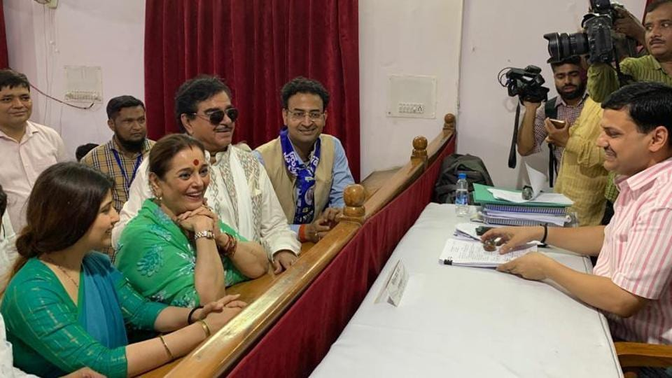 Newly inducted Samajwadi Party member Poonam Sinha on Thursday filed her nomination papers from Lucknow after a massive road show.