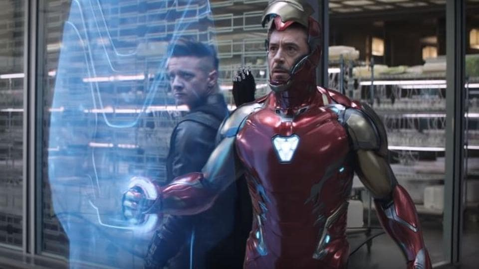 Robert Downey Jr as Iron Man and Jeremy Renner as Clint Barton in a still from the latest Avengers: Endgame TV spot.