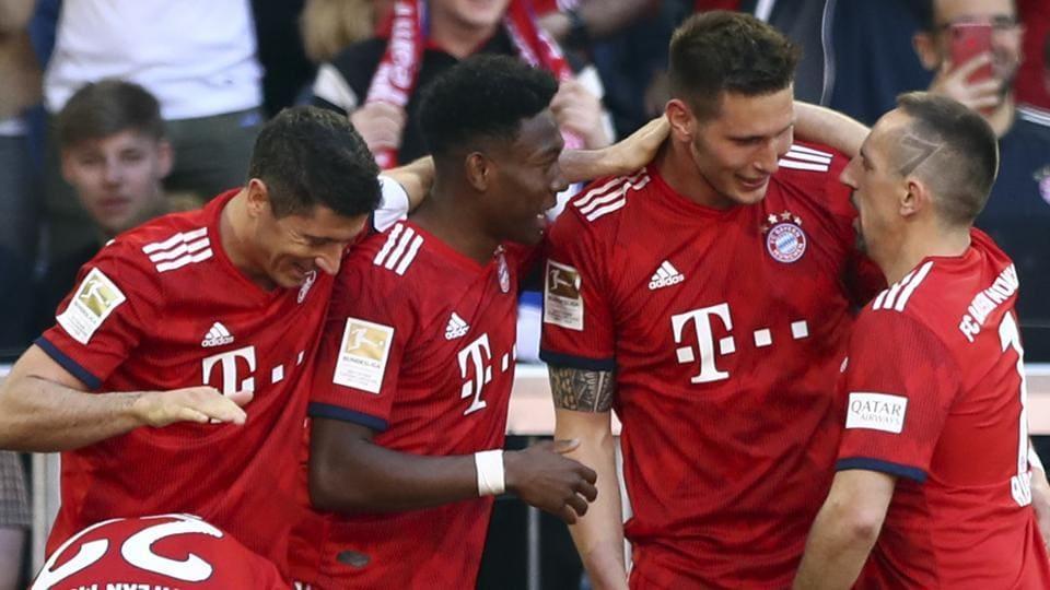 Niklas Suele winner keeps Bayern Munich on track for Bundesliga title