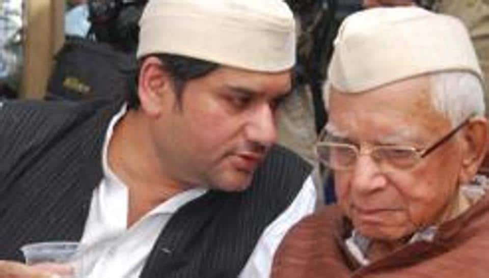 ND Tiwari son's wife among five under scanner