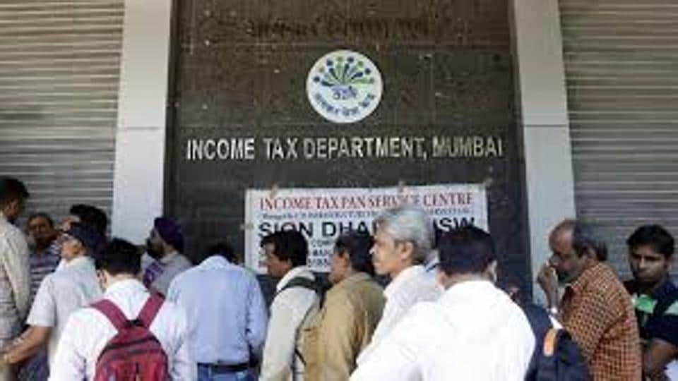 60% calls on Mumbai's I-T hotline to flag illegal poll funds irrelevant: Officials