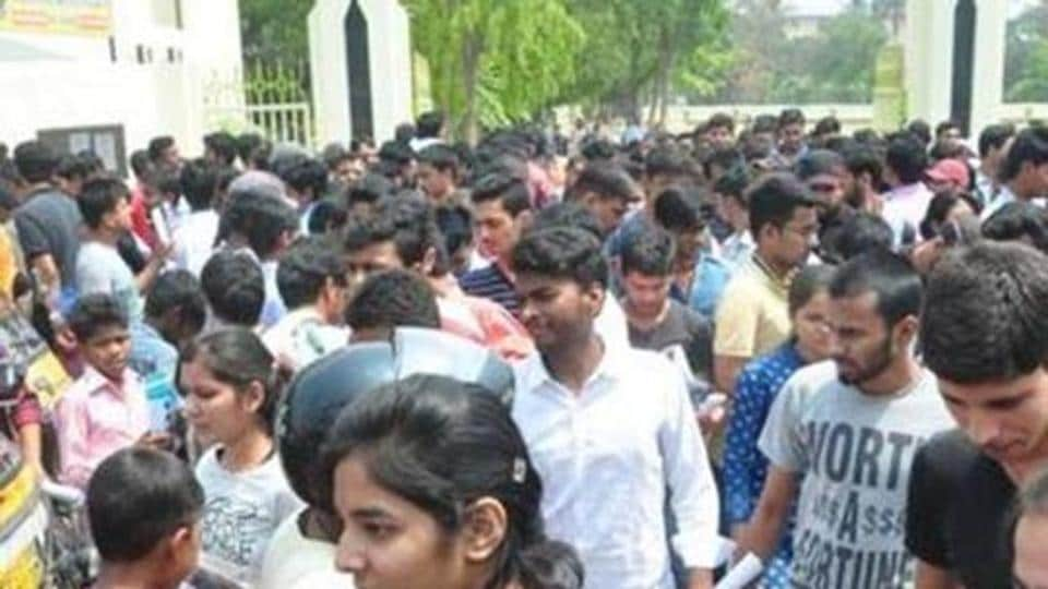 TS inter results 2019:  The Telangana high court on Tuesday directed the Telangana State Board of Intermediate Education (TSBIE) to take up revaluation of answer sheets of all the three lakh-odd candidates who failed in the recent Intermediate first and second year examinations.