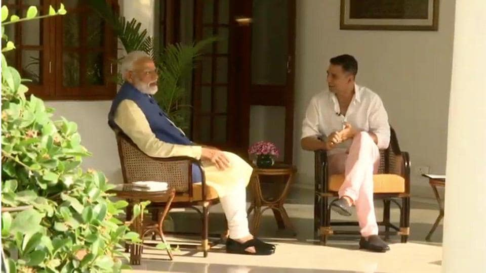 Prime Minister Narendra Modi  being interviewed by actor Akshay Kumar.