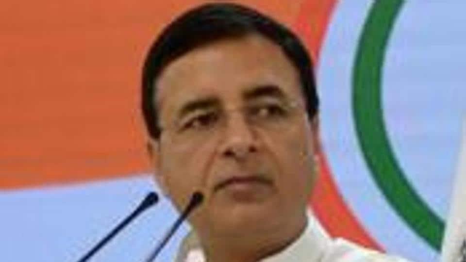 Narendra Modi,Congress,Akshay kumar