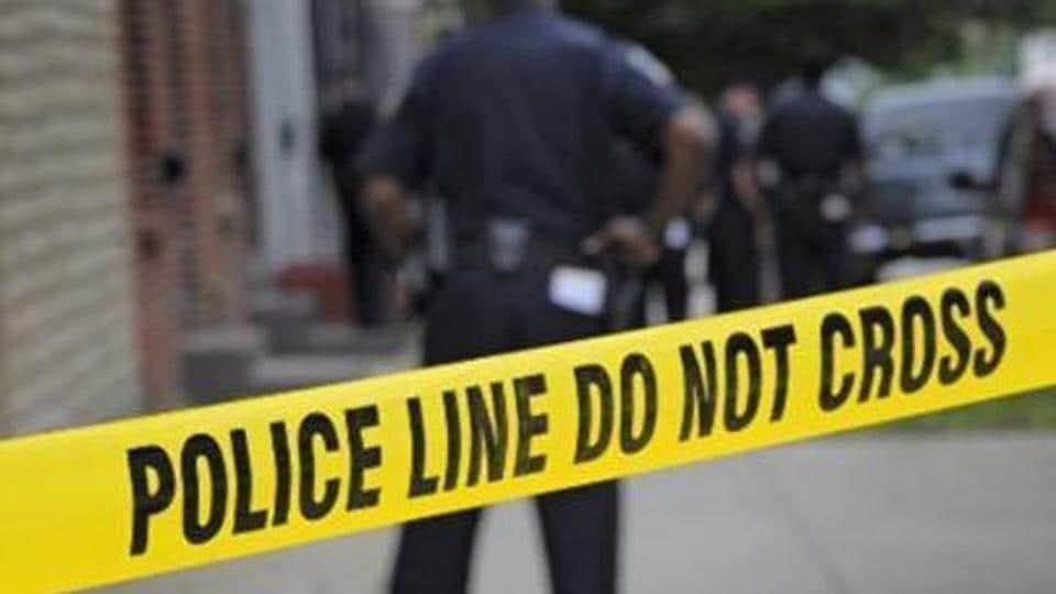 Anantnag,CRPF personnel injured,Policeman killed