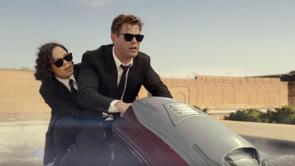 Tessa Thompson and Chris Hemsworth join forces in new Men In Black International trailer.