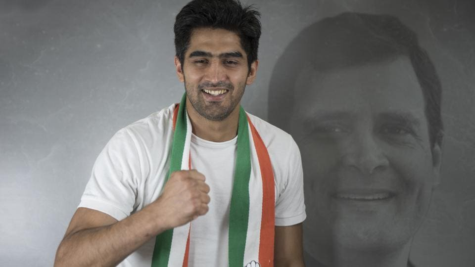 "On Wednesday afternoon, soon after meeting senior Congress leaders in the party's head office on Akbar Road, Vijender Singh, Congress' South Delhi candidate went on an unplanned ride which, he said, was to ""connect"" with the people of the constituency."