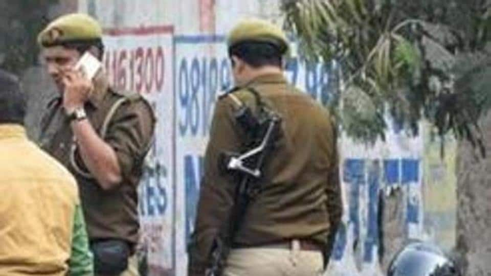 The police said a team of 12 policemen had tracked the gang members to a rented room on the first floor of a residential building in Dehradun, where they had been residing for the past five months.