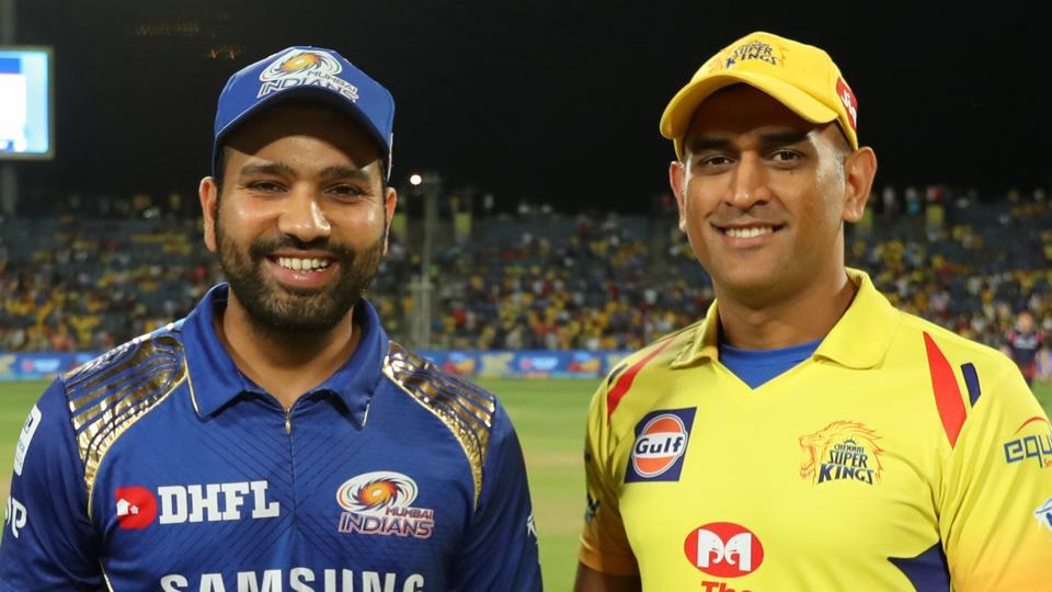 Rohit Sharma and MS Dhoni (R)