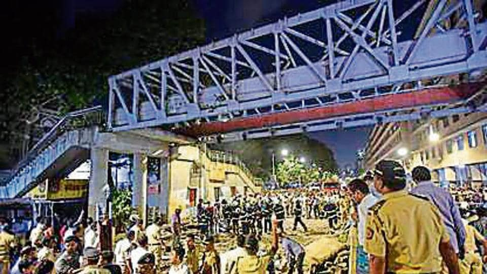 The Central Railway (CR), in a detailed response to the Brihanmumbai Municipal Corporation (BMC), recently said that it is not responsible for the Himalaya bridge collapse, which killed seven people and injured 31 others at Chhatrapati Shivaji Maharaj Terminus (CSMT) on March 14.