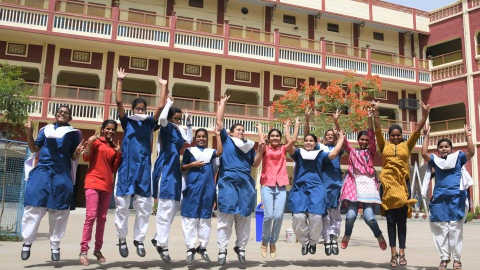 UP board 10th results toppers,UP Board 10th High School Result 2019,up board 10th result 2019 link