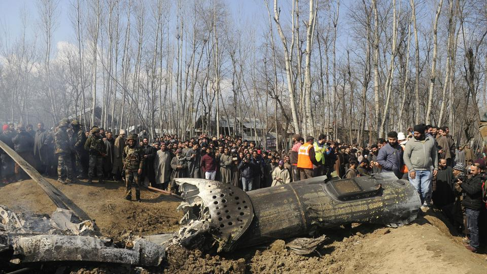 The Indian Air Force said Saturday there was no connection between the progress of a probe into the crash of its chopper in Srinagar and the timing of the LS polls, dismissing a report that there were instructions to keep on hold court of inquiry findings.(Photo by Waseem Andrabi / Hindustan Times)