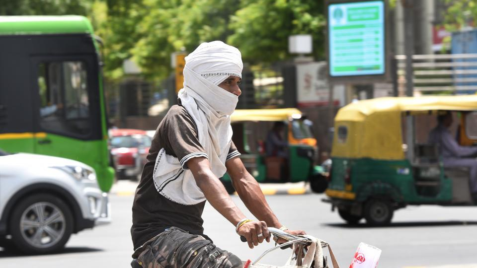 40.7 degrees Celsius,Delhi,minimum temperature
