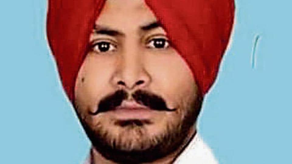Bandeep Singh Dullo is the son of Rajya Sabha MP and former Punjab Congress president Shamsher Singh Dullo.