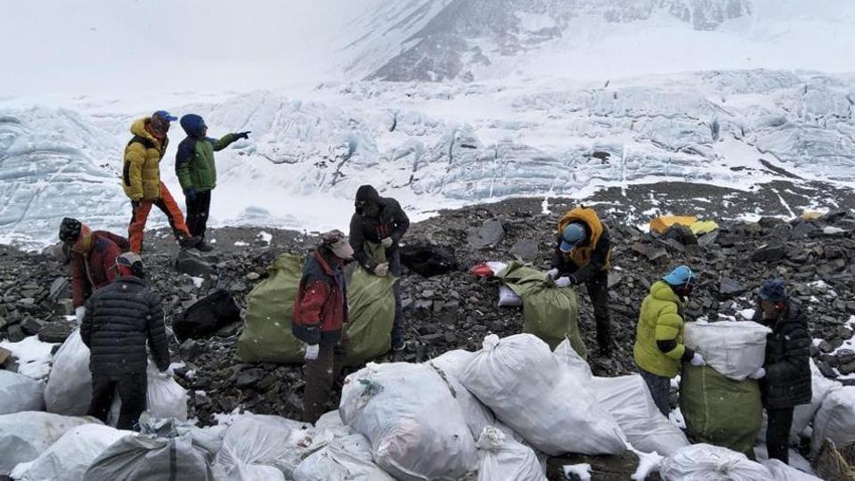 Mt everest,Mount everest garbage clean,Garbage Mount Everest