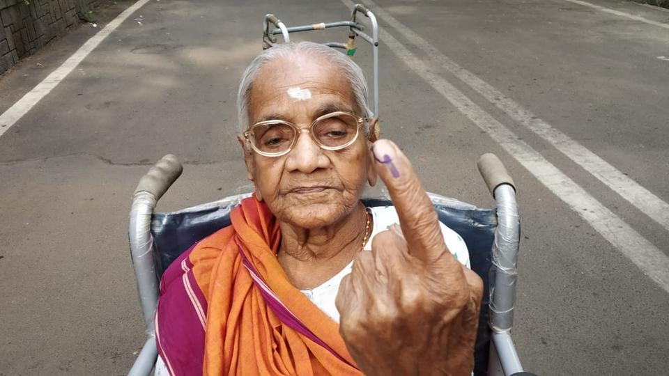 A103 year-old voter, Chembur's oldest, shows her inked finger after voting in the Mumbai South Central constituency in Mumbai, Maharashtra. Voting began at 7 am on Monday for 72 seats across nine states in the fourth phase of 2019 Lok Sabha elections with PM Modi's appeal for 'record voting' and reports of EVM glitches and clashes from several areas. (Vijayanand Gupta / HTPhoto)