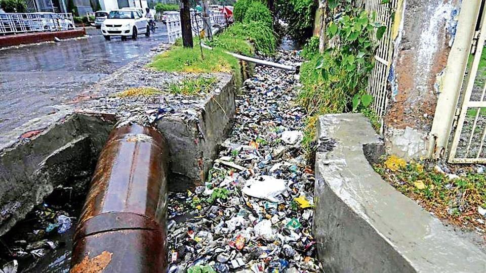 Noida,Sewage,Vijay Rawal
