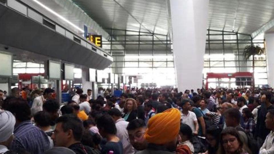 Delhi airport,Immigration system,Airport