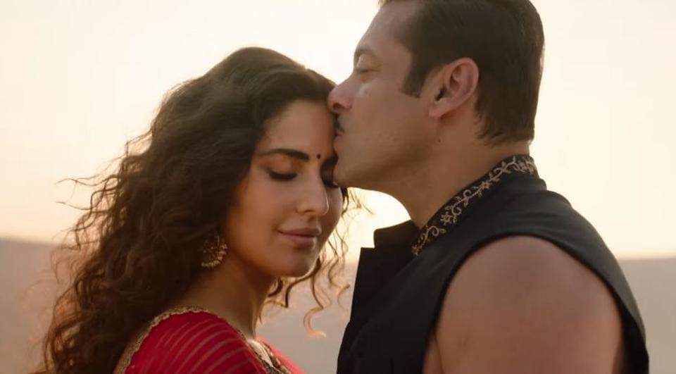 Salman Khan and Katrina Kaif in a still from Bharat song Chashni.