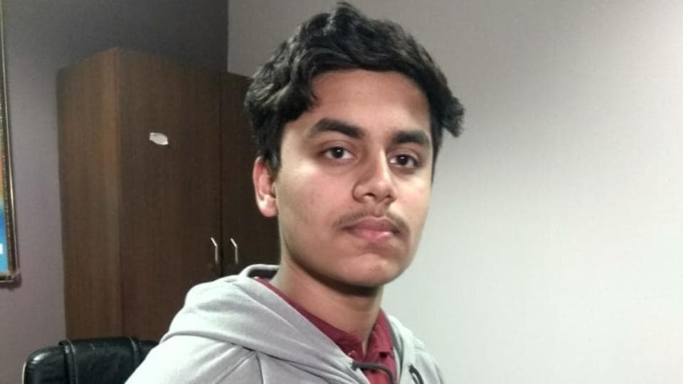 Dhruv Arora of Indore secures AIR-3