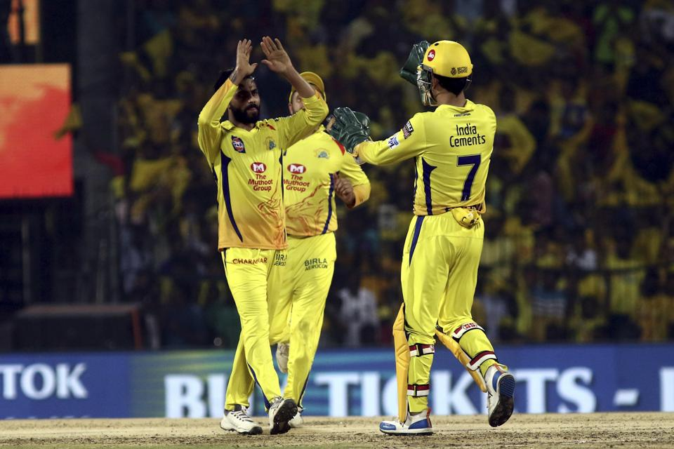 Ravindra Jadeja and Mahendra Singh Dhoni of Chennai Super Kings celebrates after taking the wicket of Colin Ingram during the match at Chepauk. (AP)