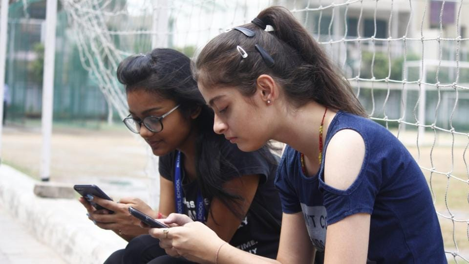 CBSE Board 10th result 2019: Alternative ways to check results via SMS, IVR, App