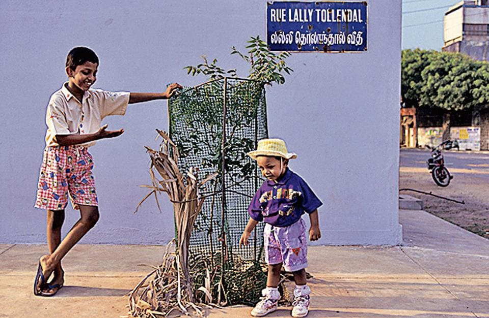 Children at the corner of Rue Lally Tollendal in the French quarter of Pondicherry in a photograph clicked in 1997.