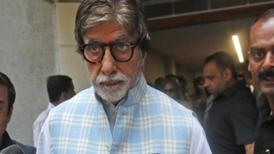 Bollywood star Amitabh Bachchan leaves after casting his vote at a polling station in Mumbai, India April 29, 2019. REUTERS/Francis Mascarenhas